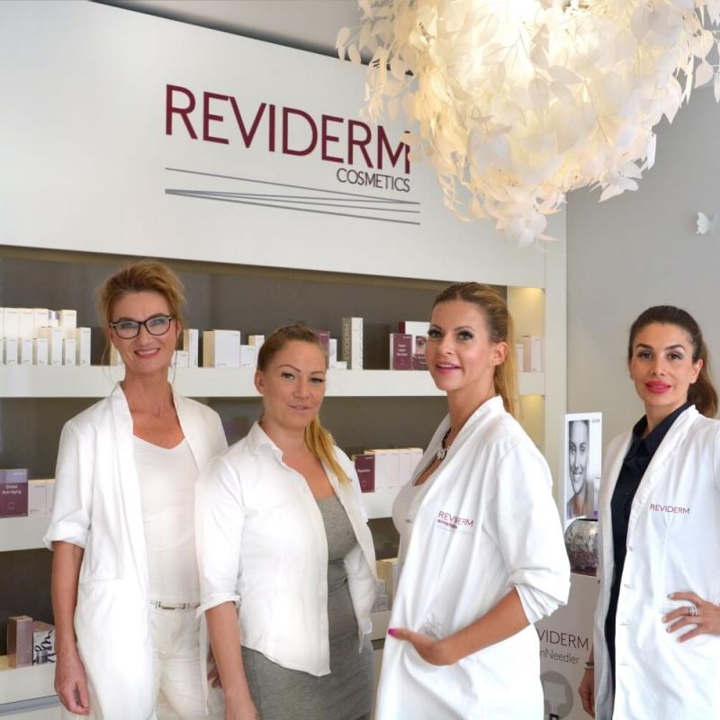 reviderm_cosmetics_berlin_team(1)